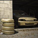 voiture dorée